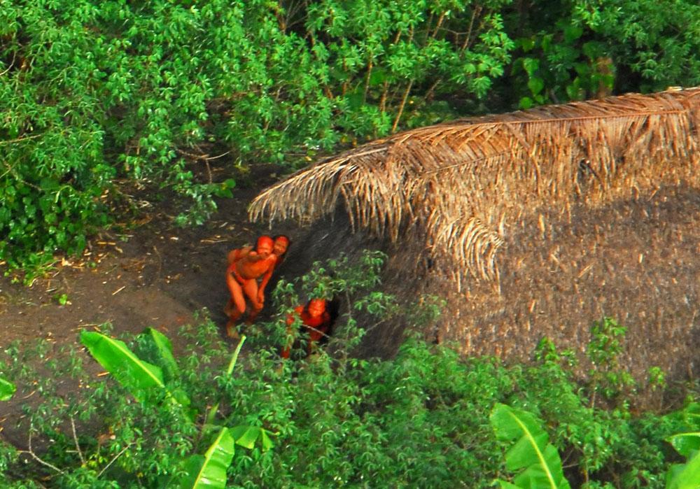 ¡ Sanción a los asesinos de 20 indígenas en el Javarí, Brasil !